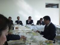 12月24日12時30分から、自民党両院議員総会が開かれた。